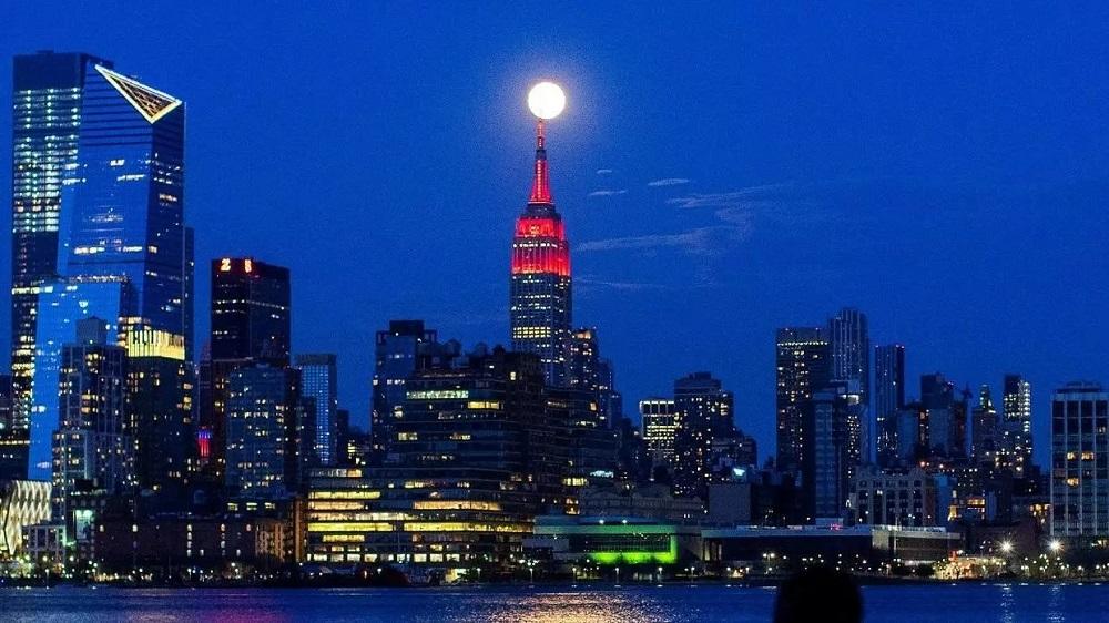 Empire State Building Covid 19 Illuminazione a led