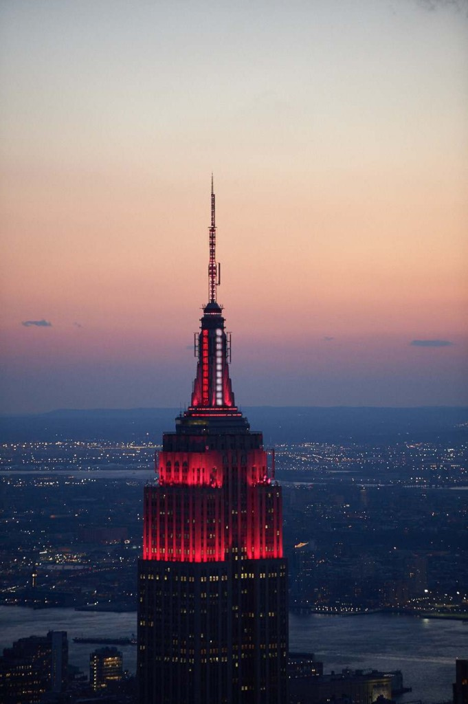 Empire_state_building_LED_covid_19
